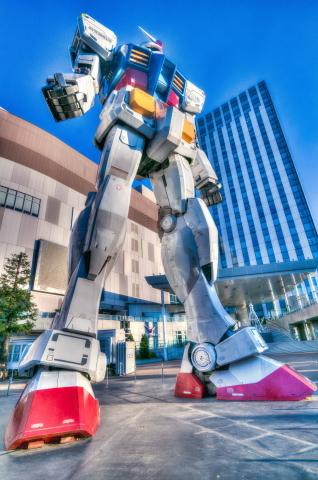 16年11月04日070227_Gundam.JPG